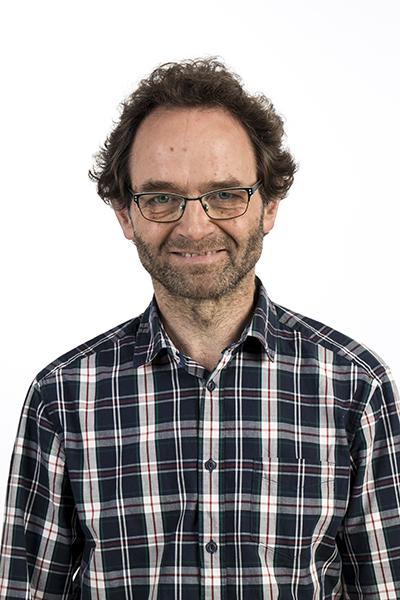 Dr. Patrick Brauns