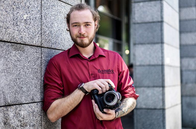 Emanuel Schmidt: Nikon D6