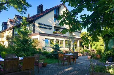 Hotel-Restaurant Schachener-Hof: Außenansicht