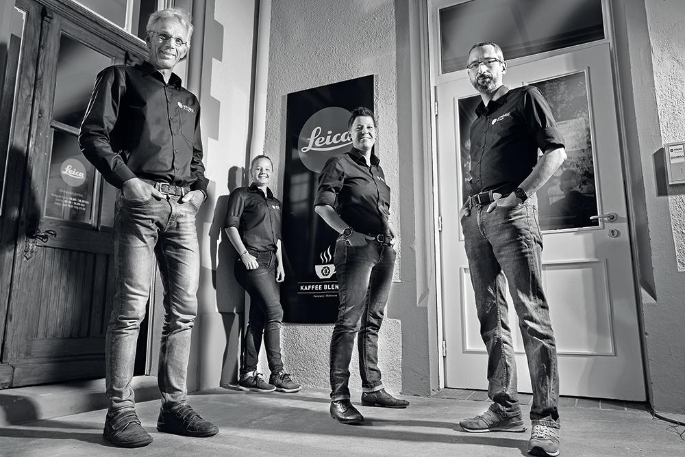 Markus Wintersig, Michaela Wintersig, Franziska Reichel und Micha Kübler – das Team der Leica Galerie Konstanz.