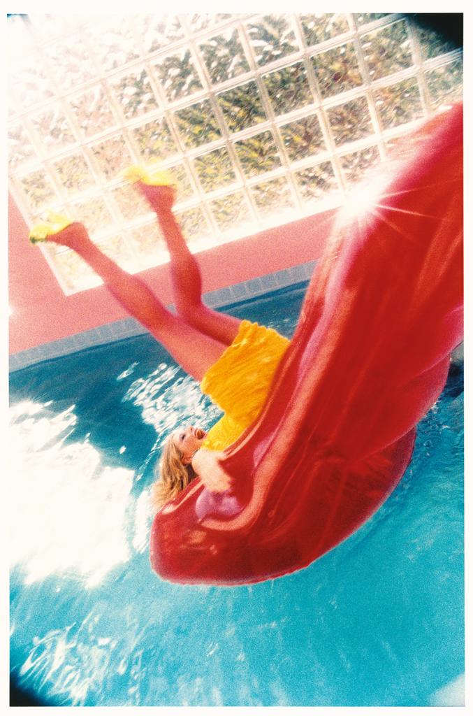"""Esther Haase, """"The Splash"""", Olga, Miami 1999"""